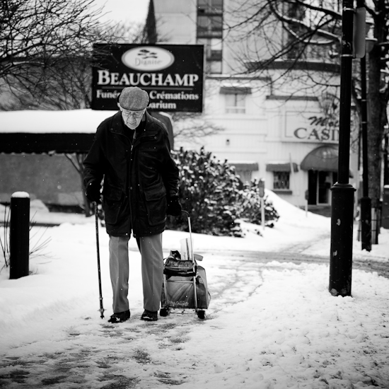 Sur le trottoir, Gatineau, Hull, Février 2010