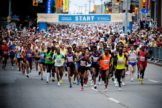 Départ du Marathon d'Ottawa 2010, 30 Mai 2010, Ottawa (© Sébastien Lavallée, 2010)