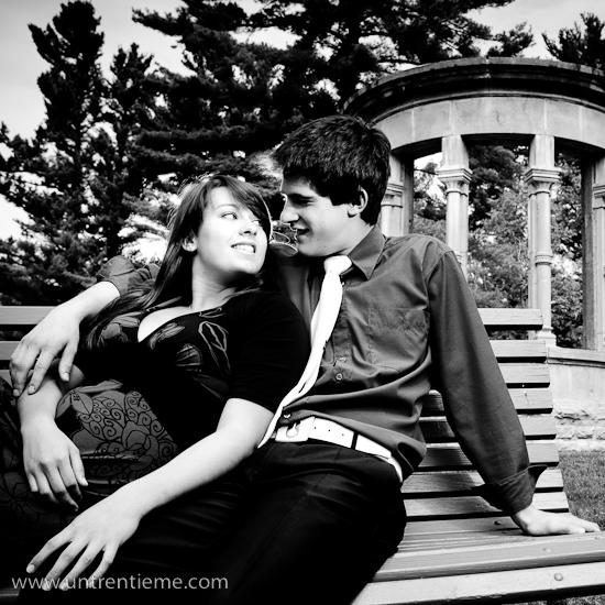 Couple, Famille Trudel, Domaine Mackenzie-King, Gatineau, Québec, Mai 2010 (© Sébastien Lavallée, 2010)