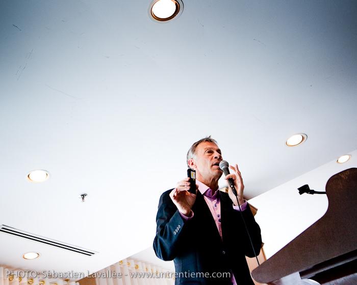 Conférence de Pierre Côté, de l'émission Naufragés des villes, au Château Cartier au profit du CRIO (© Sébastien Lavallée, 2011)