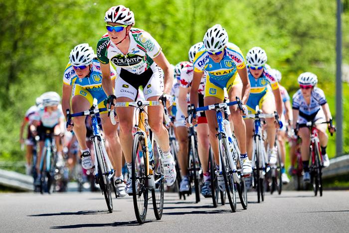 Theresa Cliff-Ryan dans la bretelle menant au boulevard des Allumettières. Grand Prix Cycliste Gatineau, Gatineau, 21 mai 2011 (© Sébastien Lavallée, 2011)
