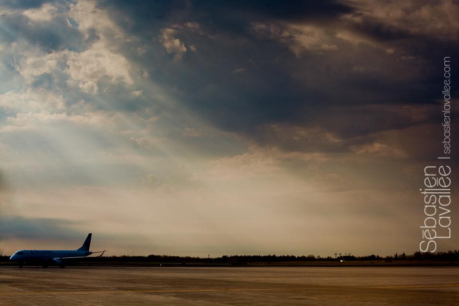 Avant le décollage à l'aéroport de Ottawa. Convention PPOC, Halifax, 2012 (© Sébastien Lavallée)
