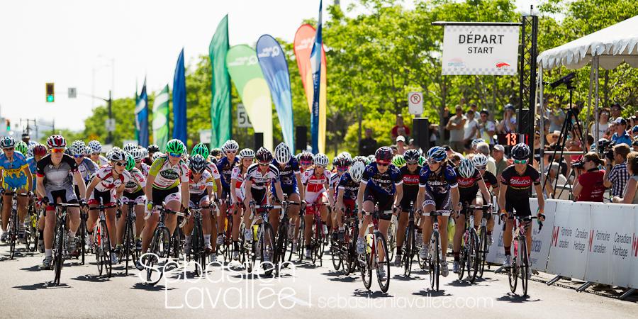 GATINEAU, 21 mai 2012 - Le départ. Grand Prix cycliste de Gatineau 2012. (© Sébastien Lavallée)
