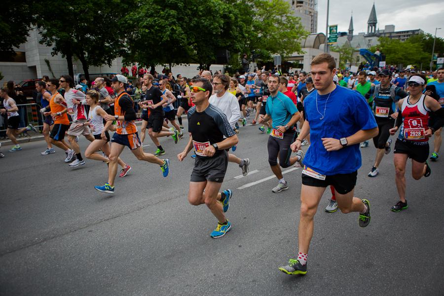 OTTAWA (26 mai 2013) - Le départ du marathon.