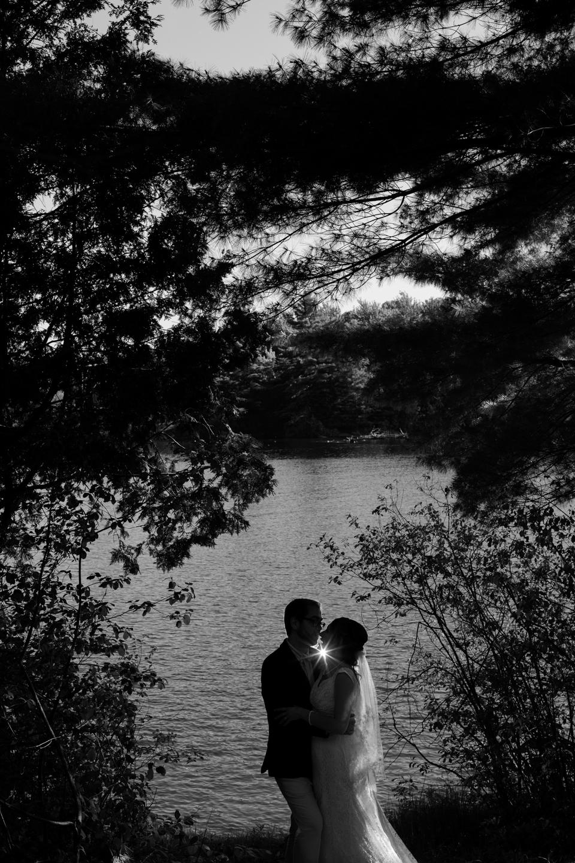 Sandy et Simon. Mariage à Gatineau. © Sébastien Lavallée