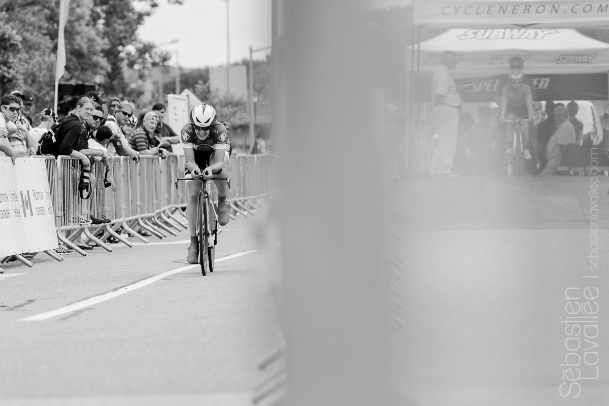 GATINEAU (5 juin 2015) - Grand prix cycliste de Gatineau, l'Américaine Melissa Hiller en début de parcours du contre la montre (Chrono UCI).