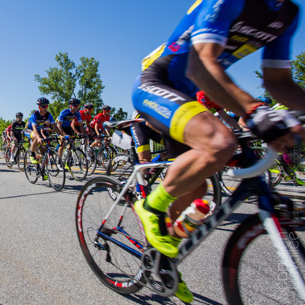 GATINEAU (6 juin 2015) - Grand Prix Cycliste de Gatineau Masculin. Sur la ligne de départ.