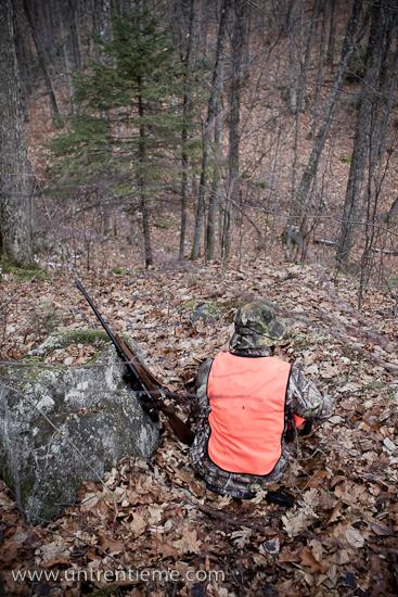 Marilyse, chasseuse, à East-Aldfield, Québec, Novembre 2010 (© Sébastien Lavallée, 2010)